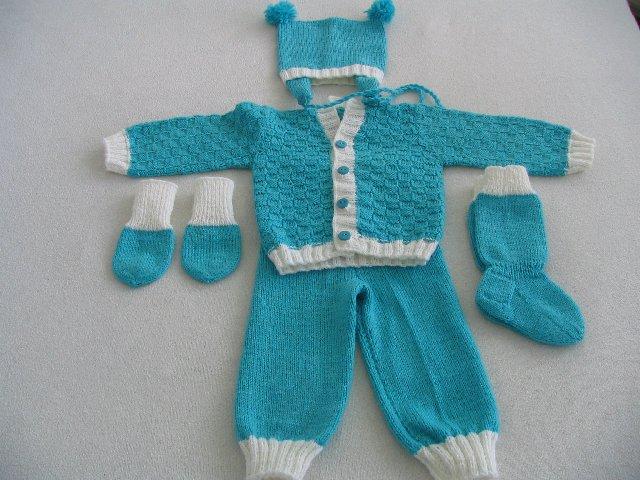 Automaatti: Vauvan villapuku